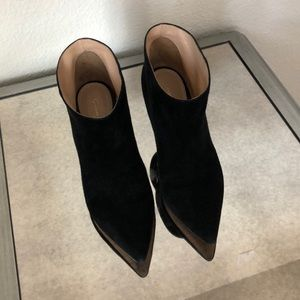 Gianvito Rossi Black Suede Ankle Booties Pull-On